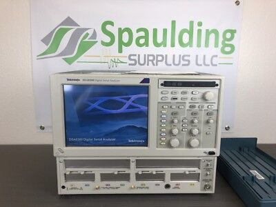 Tektronix Dsa8300 Digital Serial Analyzer Sampling Oscilloscope - Calibrated