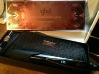 3q straighteners and ghd accesssories