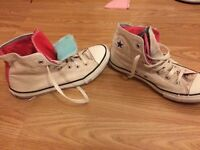 Converse high tops size 5