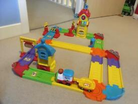 VTech Toot Toot Train Track