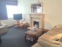 4 bed Flat, Cheadle, Heald Green, close to airport,hospital, transport, schools, all amenaties,
