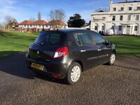 59 plate Renault Clio -- 1.5l diesel (11 months TAX + MOT) 47,500 miles
