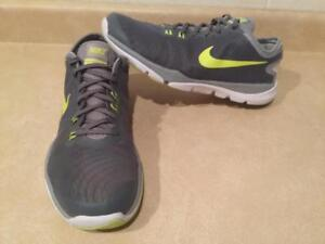 567d88abb78e77 Mens Size 11 Nike Training Flex Supreme TR4 Running Shoes
