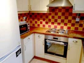 Nice double room available in archway just 150 pw no fees