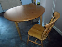 DINING TABLE VERY SOLID STRONG MATCHING CHAIR MOVING HOUSE ECCLES M30 0WA OR DELIVER LOCAL