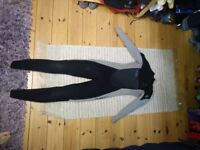 O'neill black and grey wetsuit 5x3
