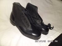 new unused steel toe cap boots size 9 brand new and with laces