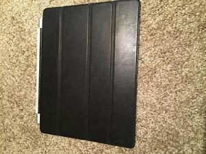 Reduced: Black Apple Smart Cover for Ipad 2 Kitchener / Waterloo Kitchener Area image 1