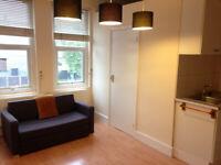 063T-WEST KENSINGTON, MODERN ONE BEDROOM FLAT, BILLS INCLUDED - £270 WEEK