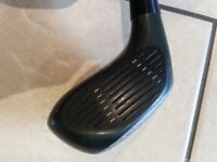 Ts'En Feng 5 and 3 Wood golf clubs with Head Covers