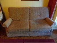 3-piece suite beige