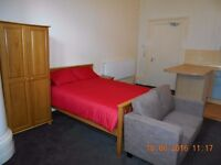 Fully furnished studio available in BD8 next to Lister Park. Rent includes all bills. R1