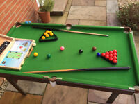 Pool & Snooker Table 1380mm x 740mm 36mm Balls c/w 2 cue's, trinalges, chalk, score bar.