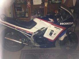 Honda VF500F2