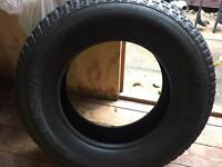 Tyre 255 70 18