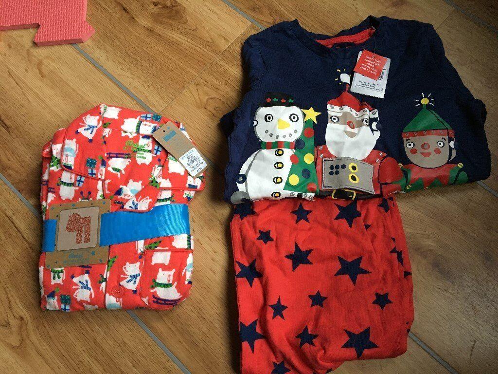 Christmas pyjamas BNWT age 5-6
