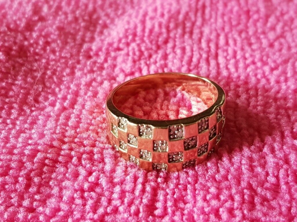 9ct Gold 0.25ct Diamond pave set ring   in Carlton, Nottinghamshire ...