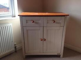 Chest of drawers / Cupboard / Baby Changing Unit