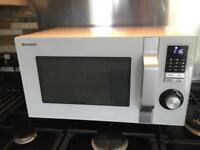 Sharp microwave. White. 23L 12 programs 900w child lock led R244 Mint.