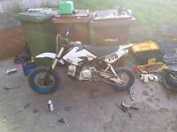 Pit bike 125cc loads of spares with it pitbike
