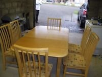 EXTENDING DINING TABLE PLUS SIX CHAIRS