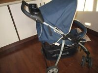 Hauck Shopper pushchair- travel system with a walker for sale