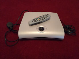 STANDARD WHITE SKY BOX. with Remote and Lead ( N0 SKY CARD )