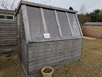 Ex Display Sheds, Log cabins & Summerhouses up to 50% OFF RRP!