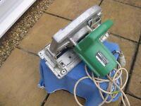 110v Hitachi circular saw, heavy duty ,235mm saw blade,1570watt,