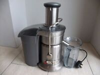 Breville JE4 Cafe Series Commercial Juicer. Good used condition.