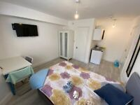*SEPTEMBER 2021* Spacious Studio Flat in Central Location ALL BILLS & WIFI INCLUDED! Students Only
