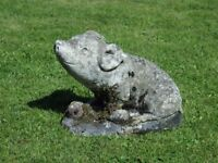 Vintage Cast Stone Sitting Pig Garden Ornament Pig Garden Statue 25cm tall