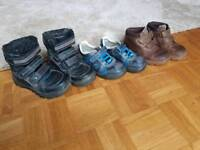 Boys shoes and snow boots. Size 8
