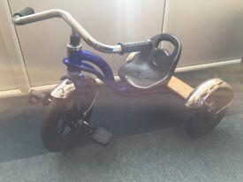 Child's 3 wheeler trike