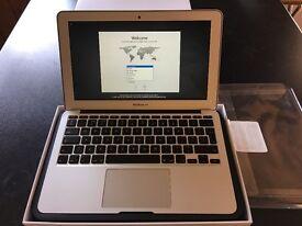 Apple MacBook Air 11-inch A1465