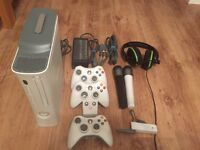 Xbox 360 arcade - 20GB HDD - 3 Controllers- Games & Turtle Beach headset