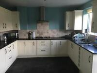 Large double bedroom in 5 bed house