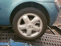 Renault alloy wheels 2 good tyres hence price
