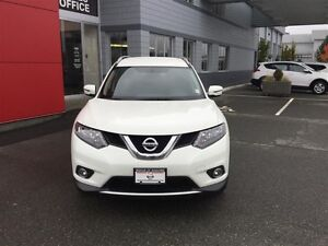 2016 Nissan Rogue SV AWD CVT Local *SUV* No Accidents ! One Owne Comox / Courtenay / Cumberland Comox Valley Area image 4