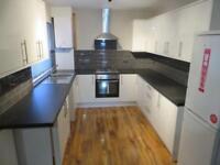 6 bedroom house in Malvern Road, Kensington