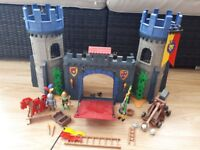 Playmobil Medieval Castle Gates and characters (5738)