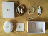 Beats Solo 2 by Dr.Dre, On-Ear Headphones, Limited Gold Edition