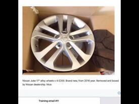 "Nissan Juke 17"" alloy wheels x 4"
