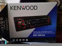 KDC-3057UR CD/USB/AM/FM RADIO Nearly new