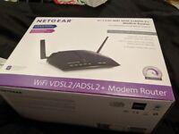 Netgear D6220 VDSL Router and Modem, 4 Gigabit LAN ports, Only used once