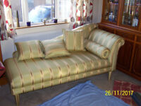STUNNING CHAISE LONGUE