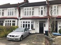 Great Location 2 Bedroom 1st Floor Flat In Palmers Green, N13, Period Property, Local to Overground
