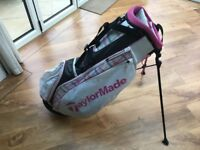 TAYLOR MADE LADIES LIGHT WEIGHT STAND GOLF BAG - PINK AND WHITE