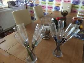 Two brand new vases with wine glasses