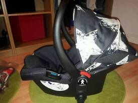 COSATTO GIGGLE GROUP 0+ INFANT CAR SEAT -Hipstar